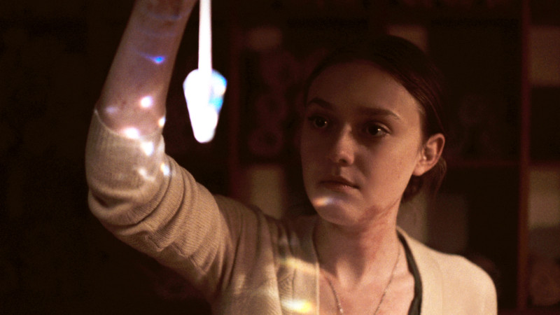 NIGHT MOVES - Still3 Dakota Fanning (©Tipping Point Productions, LLC)